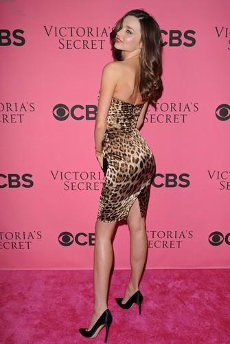 2011 Victoria's Secret Fashion Show Viewing Party