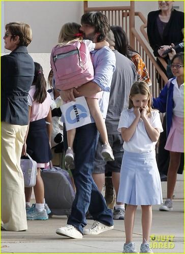 Ben Affleck & Violet: After School Hug
