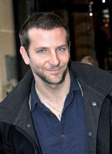 Bradley Cooper Greets mashabiki