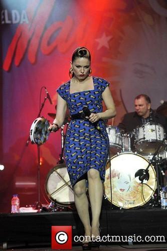 "Imelda Performing @ 2011 ""Isle of Wright Festival"" - Newport"