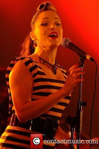 "Imelda Performing @ ""The Rythm Festival"" - Bedford"