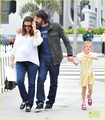 Jennifer Garner & Ben Affleck Smile in Santa Monica - ben-affleck-and-jennifer-garner photo