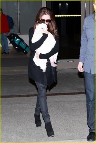 Jessica Biel: Heathrow Arrival
