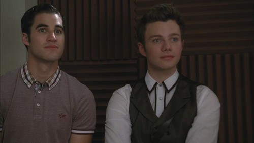 Kurt and Blaine wallpaper possibly containing a business suit entitled Kurt & Blaine 3x07