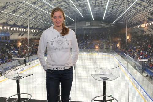 Kvitova and Pavlasek in hockey