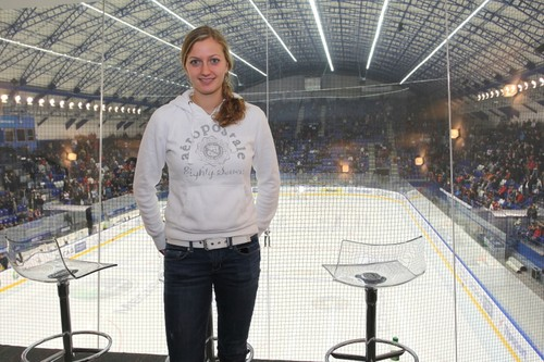 Kvitova and Pavlasek in hockey