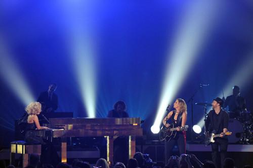 Lady Gaga- Grammy Nominations tamasha - wewe and I