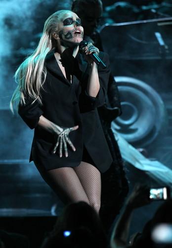 Lady Gaga performing live at Grammys Nominations tamasha
