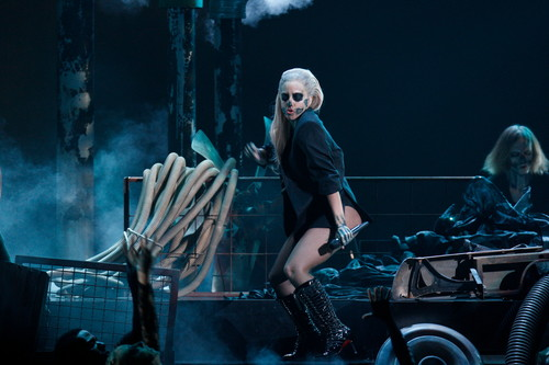 Lady Gaga performing live at Grammys Nominations 音乐会
