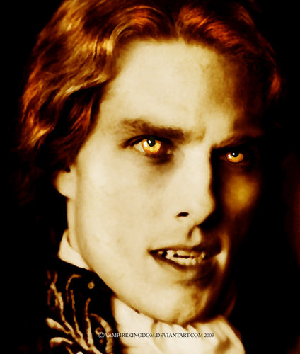 Interview With The Vampire Обои probably with a portrait titled Lestat ♥