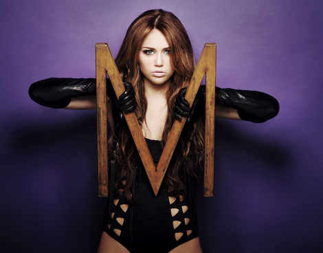 Teen Idols Hintergrund probably with tights entitled Miley Cyrus-Can't Be Tamed Foto Shoot