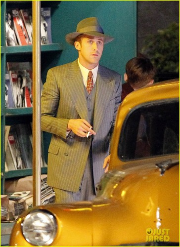 Ryan Gosling: Late Night on 'Gangster Squad' Set!