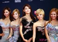 SNSD - 2011 MAMA red carpet