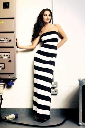 Tulisa Contostavlos 'Glamour' Magazine January 2012