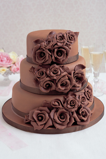 35+ Luscious Chocolate Cake Designs