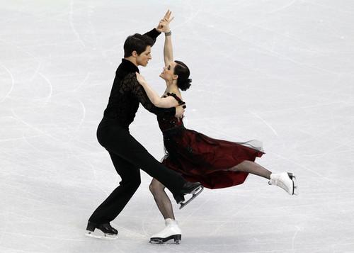 tessa virtue & Scott Moir - Tango romantica
