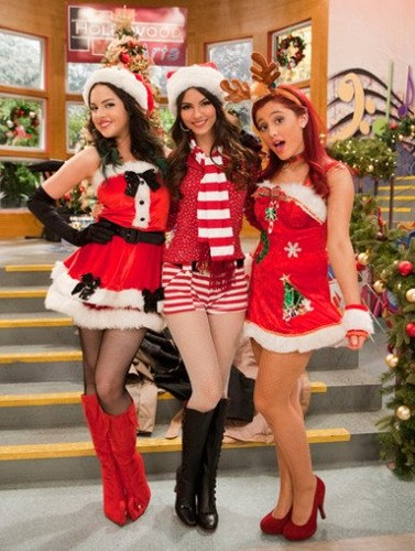 Victorious wallpaper probably containing hosiery entitled A Christmas Tori!