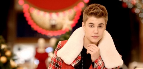 All i want for Krismas is Justin :D <3