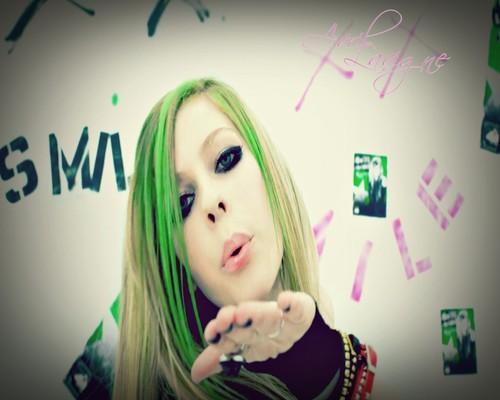 AvrilLavigneK1ss<3