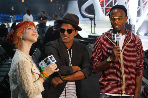 B.o.B, Bruno Mars, Haley Williams