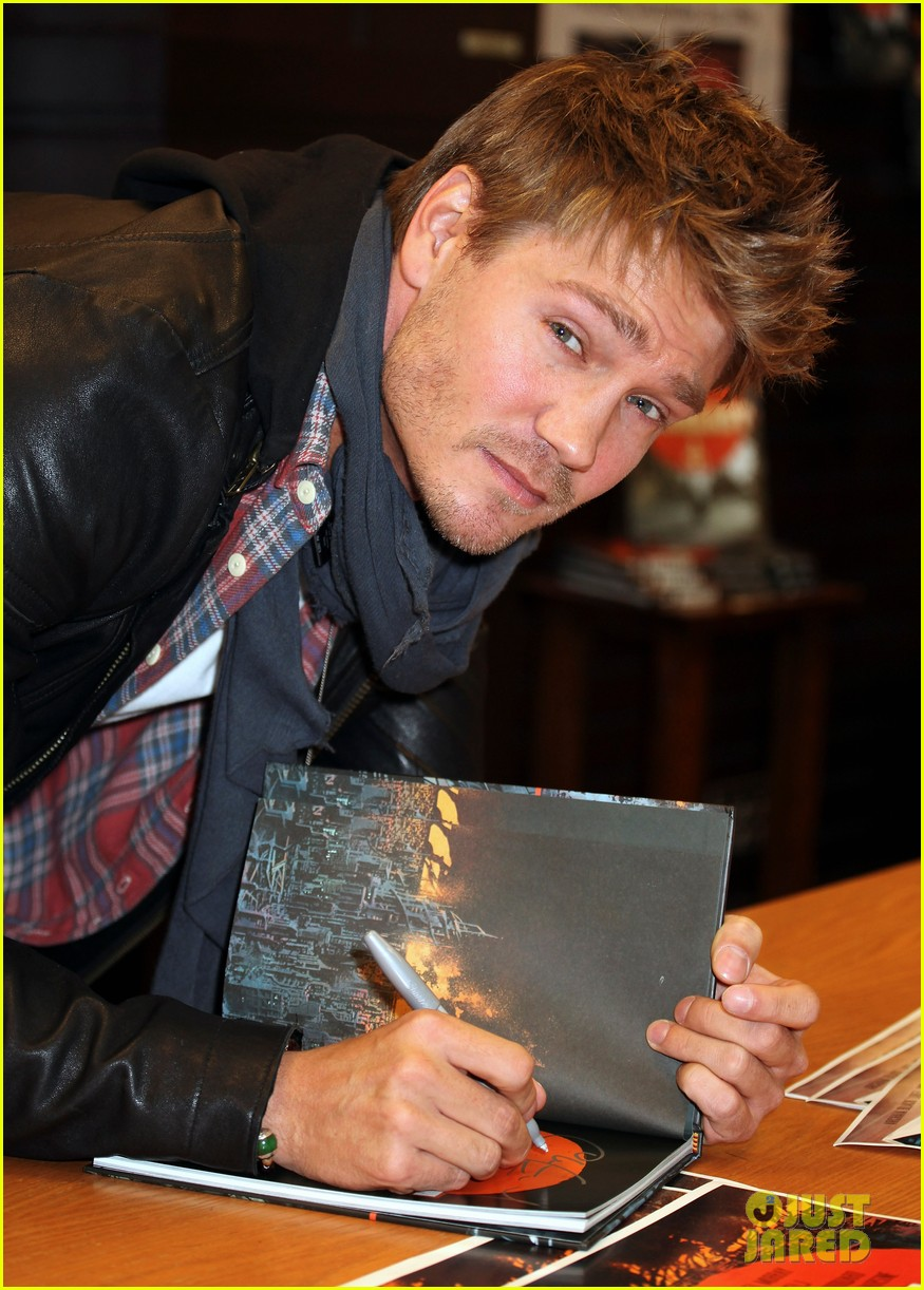 Chad Michael Murray: 'Everlast' Q&A at Barnes & Noble! - chad-michael-murray photo