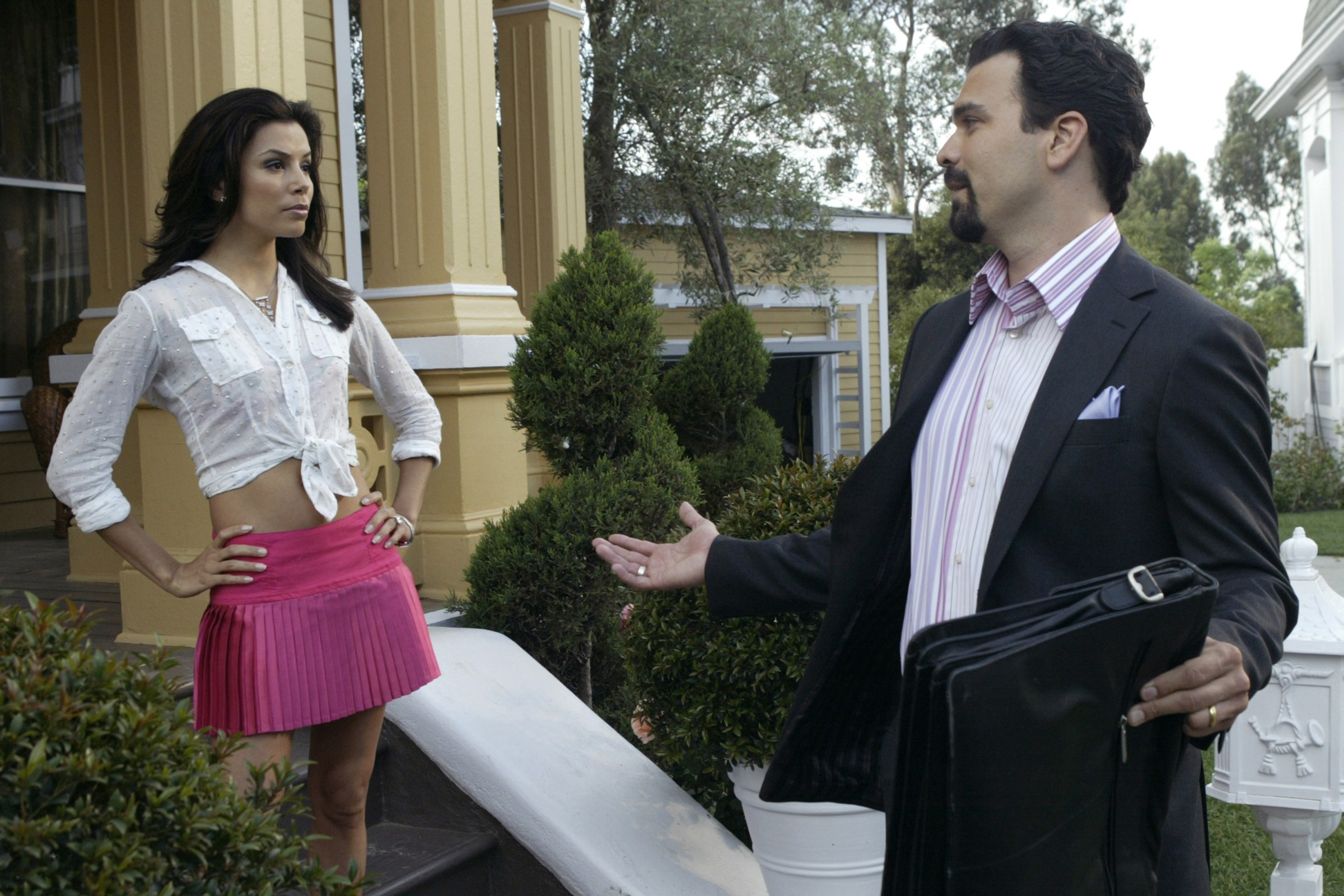 Desperate Housewives Gabby and Carlos