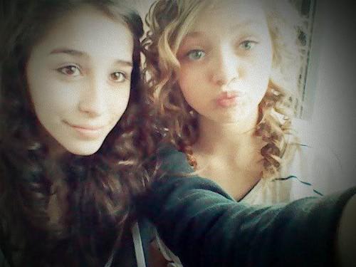 Kammie and Annie(: