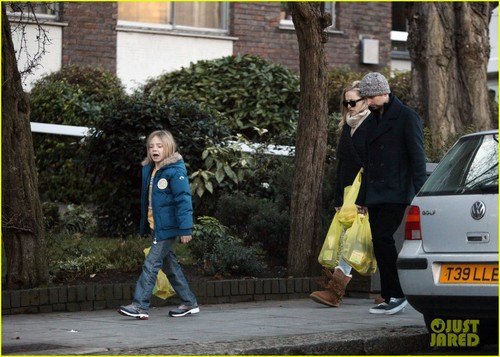 Kate Hudson & Matt Bellamy: Grocery Run with Ryder!