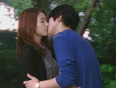 Lee Shin & lee Kyu Won Ep.15 Kiss - youve-fallen-for-me-heartstrings Photo