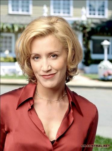 Lynette Scavo Season 1