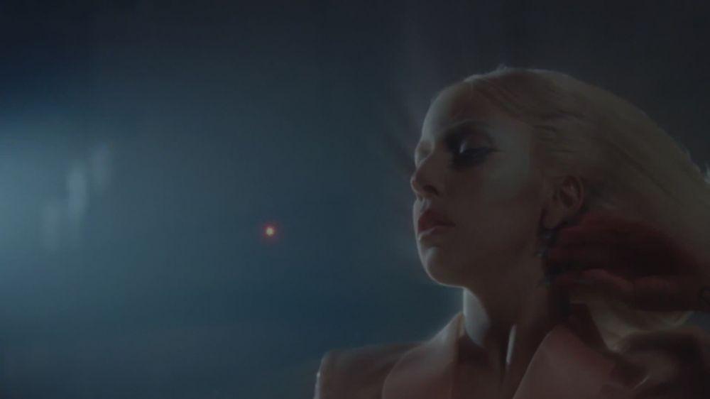 Marry the Night música Video