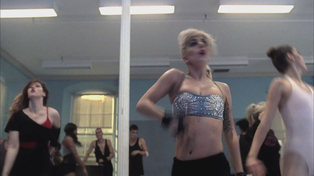 Marry the Night Музыка Video