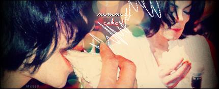 "Michael Luvs Cake ^__^ :""D ♥♥"