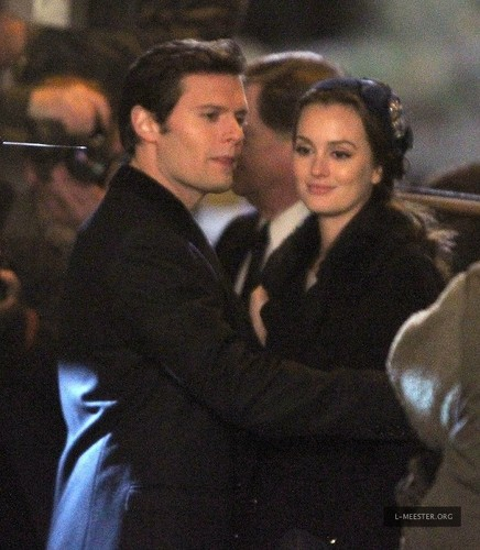 On the Set of Gossip Girl – November 30