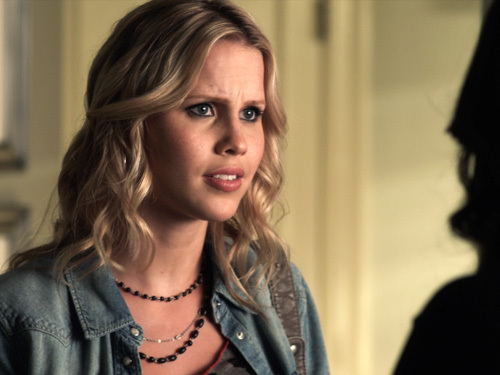 Pretty Little Liars: 2x09 - Picture This.
