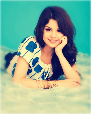 Selly is beautiful <3