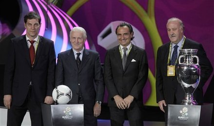 UEFA Euro 2012 wallpaper containing a business suit and a suit called UEFA EURO 2012 Final Draw Ceremony