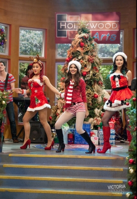 Victoria Justice wallpaper possibly with tights titled Victorious 'A Chrsitmas Tori' stills & behind the scenes