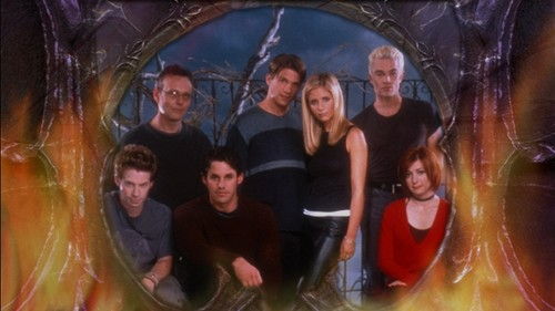 Buffy the Vampire Slayer karatasi la kupamba ukuta titled Buffy Season 4 DVD picha