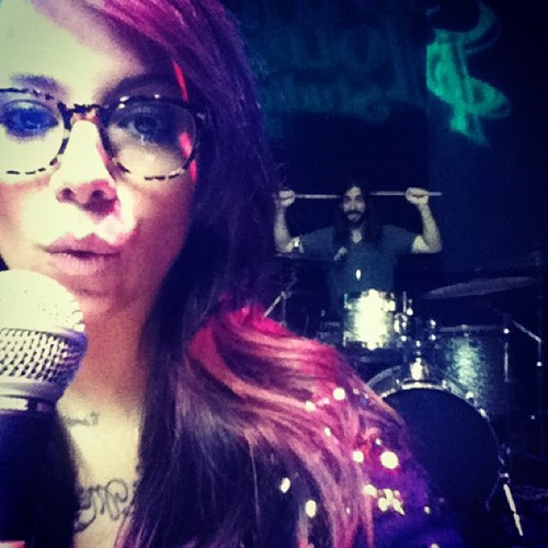 Christina Perri wallpaper with sunglasses and a concert titled Christina and elmo at rehersal