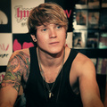 Dougie Poynter - mcfly photo