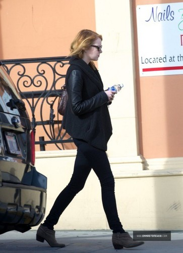 Emma Stone Out In Los Angeles on 12/03