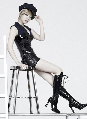 "Girls' Generation Sunny "" The Boys"" Mr. Taxi ver. Concept pics"