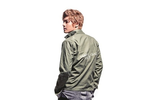 Kim Hyun Joong wallpaper containing a well dressed person, an outerwear, and a bomber jacket entitled Kim Hyun Joong
