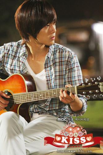 किम ह्यून जूंग