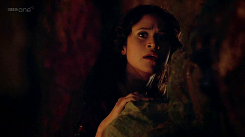 Merlin 4.11 - Guinevere In Cave Hiding