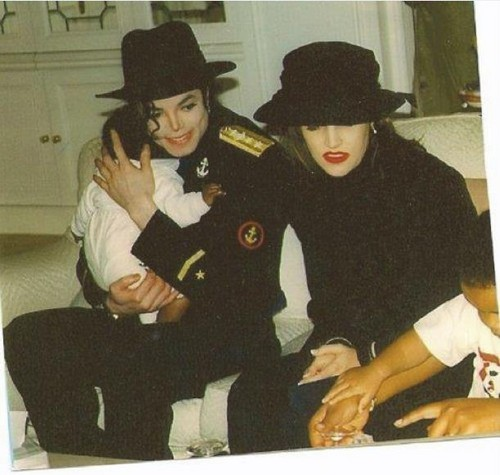 Michael and Lisa Marie ♥