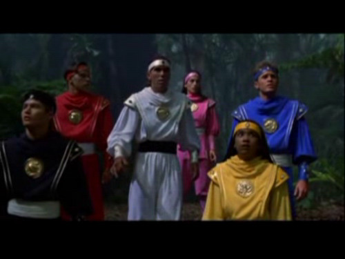 Amy Jo Johnson achtergrond called Mighty Morphin Power Rangers: The Movie