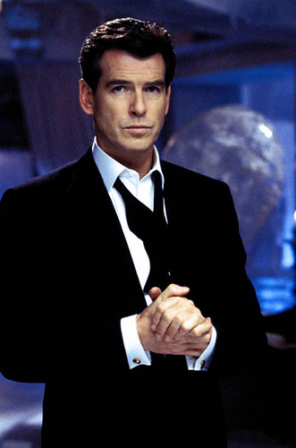 PIERCE BROSNAN IN DIE ANOTHER giorno
