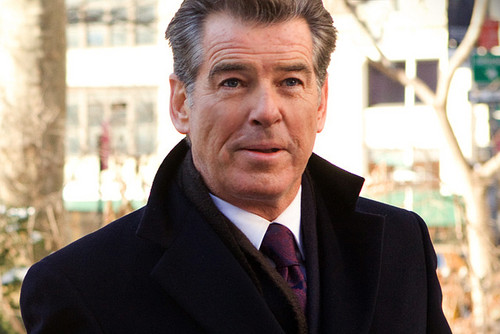 PIERCE BROSNAN IN I DON'T KNOW HOW SHE DOES IT